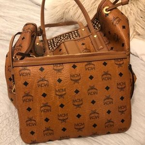 MCM Tote bag BRAND NEW used 1 TIME!!